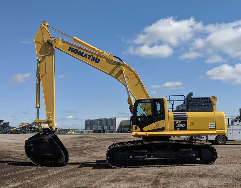 2019 Komatsu PC490LC-11 Excavator For Sale