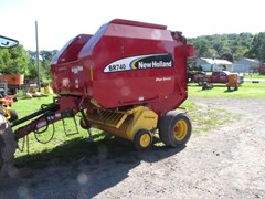 Baler-Round For Sale 2006 New Holland BR740A
