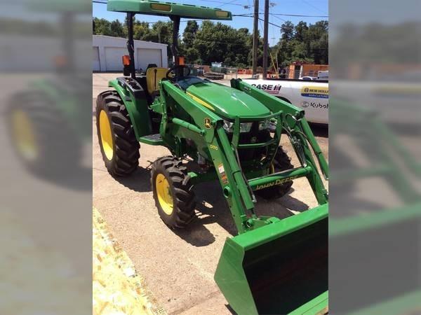 2017 John Deere 4044M Tractor For Sale