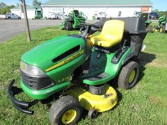 Lawn Mower For Sale 2010 John Deere LA135 , 22 HP