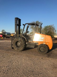 Lift Truck/Fork Lift-Rough Terrain  2019 Case 586H