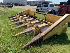 Header-Corn For Sale 1990 New Holland 974