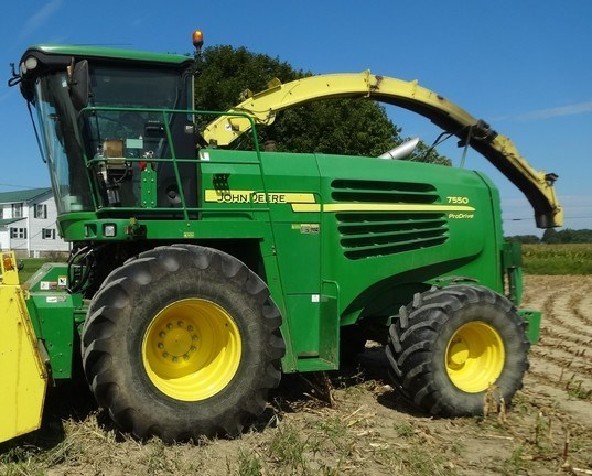 2010 John Deere 7550 Forage Harvester-Self Propelled For Sale