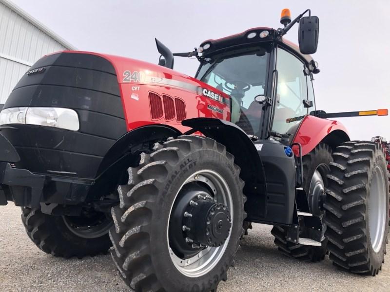 2019 Case IH Magnum 240 CVT Tractor For Sale