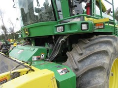 Forage Harvester-Self Propelled For Sale 2010 John Deere 7450