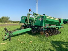 Grain Drill For Sale 1997 Great Plains 3S3000