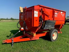 Feeder Wagon-Power For Sale Kuhn Knight 3125