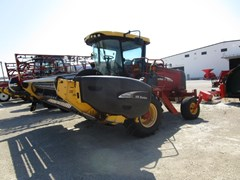 Windrower-Self Propelled For Sale 2007 New Holland HW325