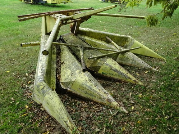 John Deere 4 ROW NARROW Forage Head-Row Crop For Sale
