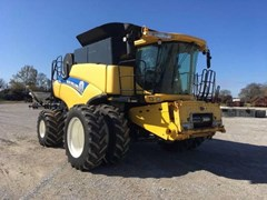 Combine For Sale 2012 New Holland CR7090