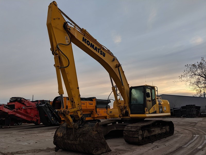 2011 Komatsu PC360LC-10 Excavator For Sale
