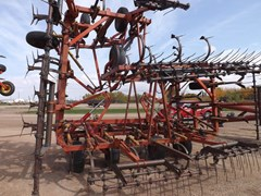 Field Cultivator For Sale Morris CP 743