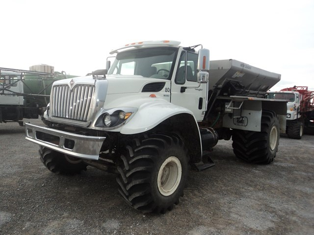 2010 International 7400 Fertilizer Spreader For Sale