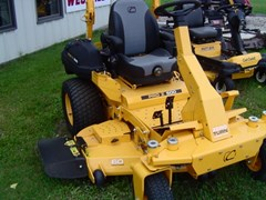 Zero Turn Mower For Sale 1918 Cub Commercial PRO Z 560S , 27 HP