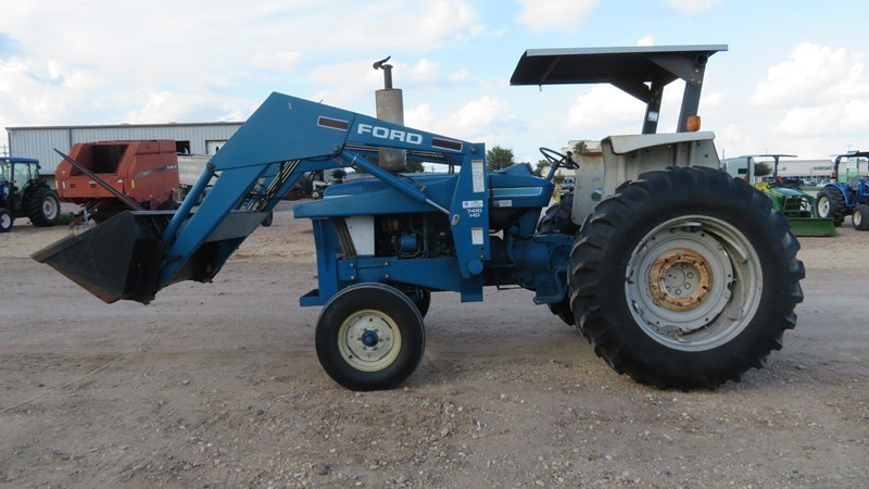1984 New Holland 6610 Tractor For Sale