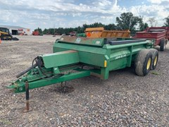 Manure Spreader-Dry/Pull Type For Sale John Deere 785
