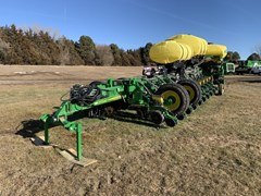 Planter For Sale 2019 John Deere 1775NT