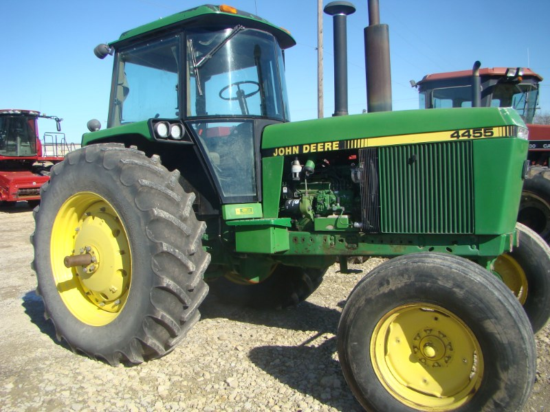 1990 John Deere 4455 Tractor For Sale