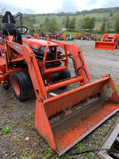 Tractor For Sale 2000 Kubota B2710 , 27 HP