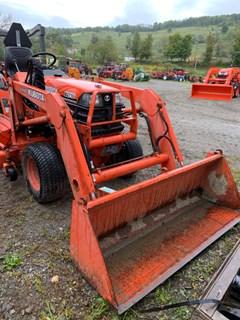Tractor For Sale 2000 Kubota B2710 , 27 HP