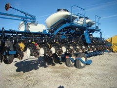 Planter For Sale 2010 Kinze 3660 16RN