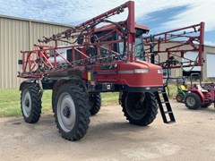 Sprayer-Self Propelled For Sale 2004 Case IH 3200