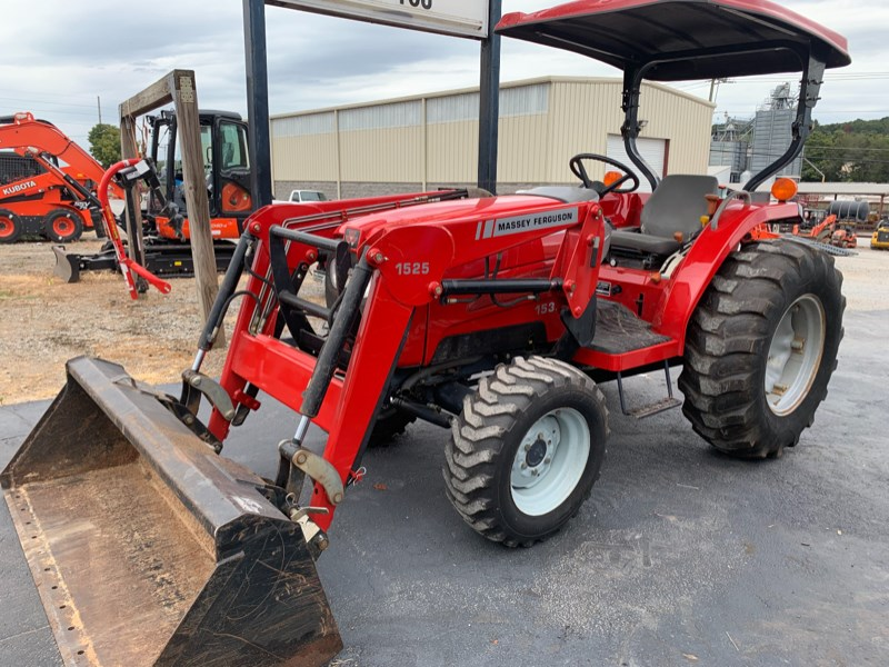 Massey Ferguson 1533 Tractor - Compact For Sale