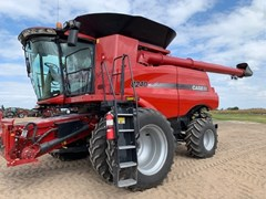 Combine For Sale 2014 Case IH 8240