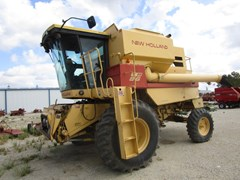 Combine For Sale 1987 New Holland TR86