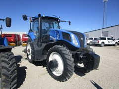 Tractor For Sale 2014 New Holland T8.275 , 235 HP