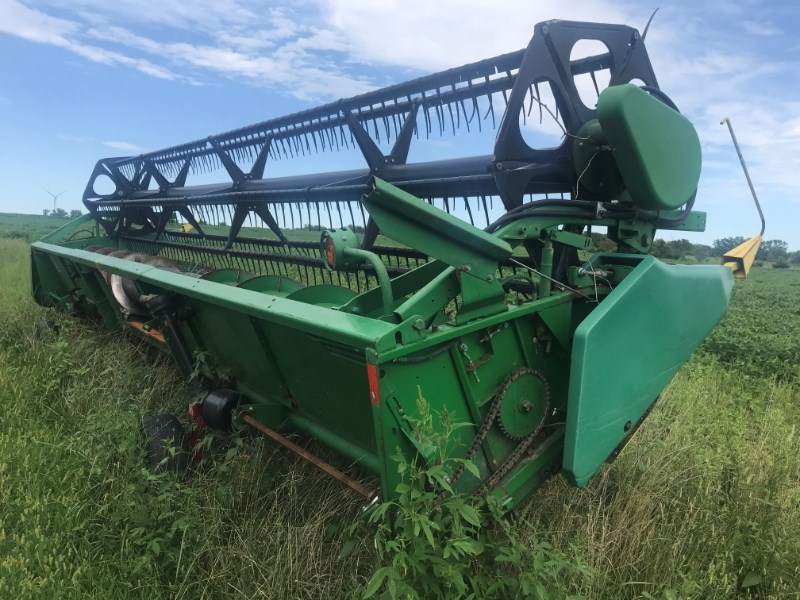 1996 John Deere 925 Header-Auger/Flex For Sale