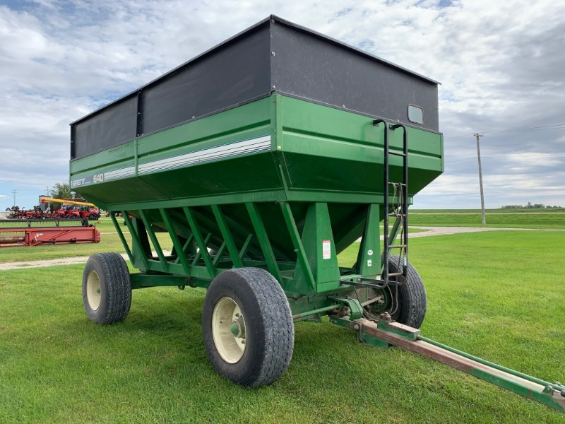 2000 Brent 640 Gravity Box For Sale