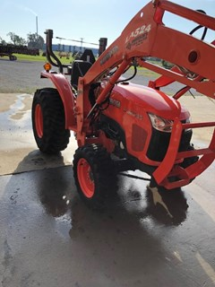 Tractor For Sale 2011 Kubota L3200 , 30 HP