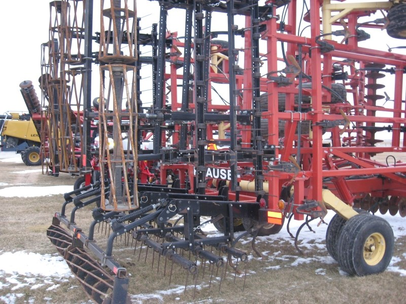 2005 Krause TL6200 Field Cultivator For Sale
