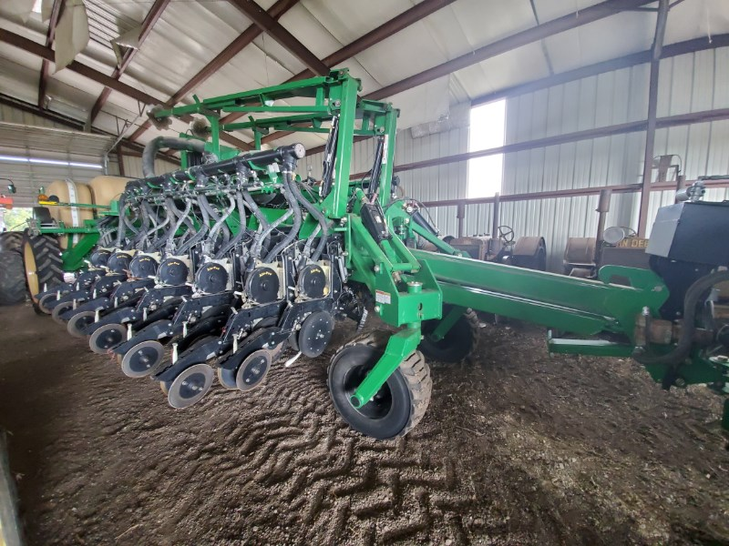 2014 Great Plains YP1225A-24TR Planter For Sale