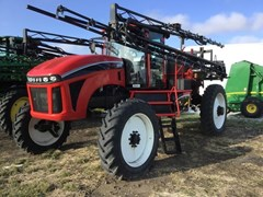 Sprayer-Self Propelled For Sale 2014 Apache AS720