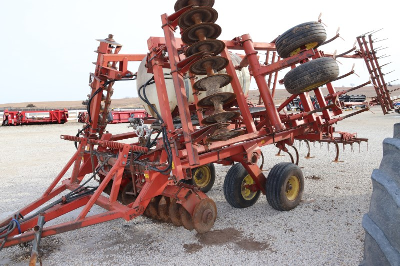 Sunflower 6331-19 One Pass Field Cultivator For Sale