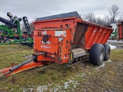 Manure Spreader-Dry/Pull Type For Sale 2012 Kuhn Knight 8124