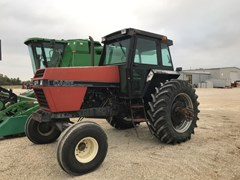 Tractor For Sale 1989 Case IH 2096 , 125 HP