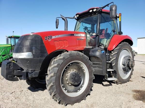 2017 Case IH MAGNUM 220 CVT Tractor For Sale