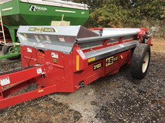 Manure Spreader-Dry For Sale 2019 H & S 3123