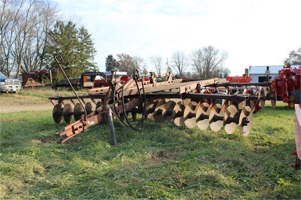 Allis Chalmers 2200 Disk Harrow For Sale