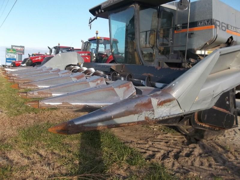Gleaner 830 Header-Corn For Sale