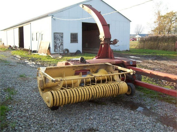 1997 New Holland 790 Forage Harvester-Pull Type For Sale