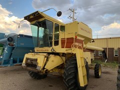 Combine For Sale 1984 New Holland TR85