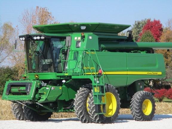 2010 John Deere 9570 STS Combine For Sale