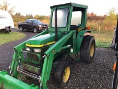 Tractor - Compact Utility For Sale 1995 John Deere 870 , 28 HP