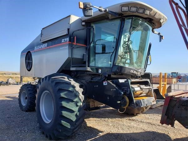 2005 Gleaner R75 Combine For Sale