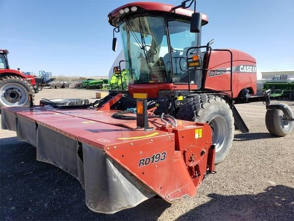 2015 Case IH WD2504 Windrower-Self Propelled For Sale