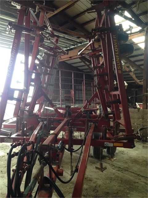 2002 Sunflower 5034-26 Field Cultivator For Sale
